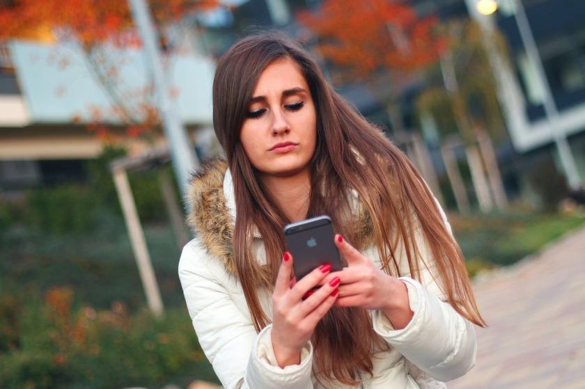 Girl cyber bullied
