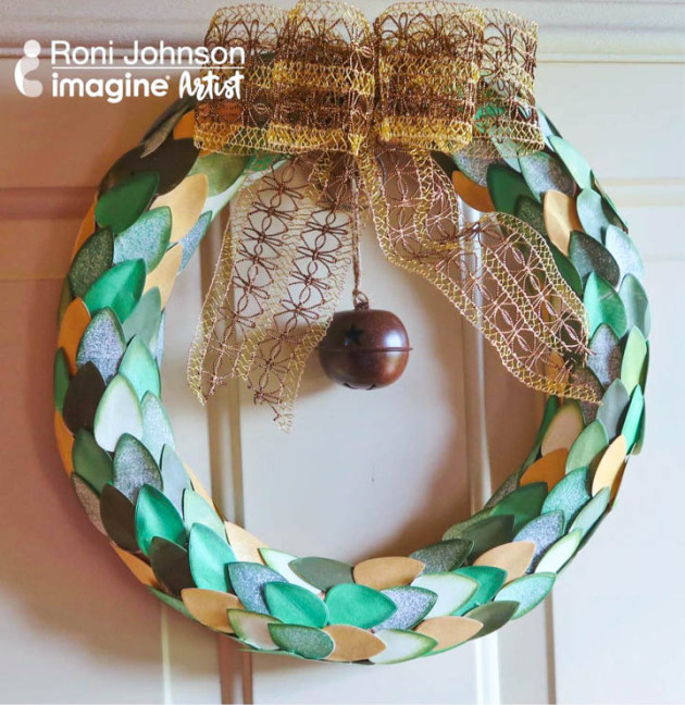 Learn How to Build a Papercrafted Wreath with Dewlets